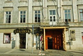 Knihovna Hradčany - zdroj www.mlp.cz